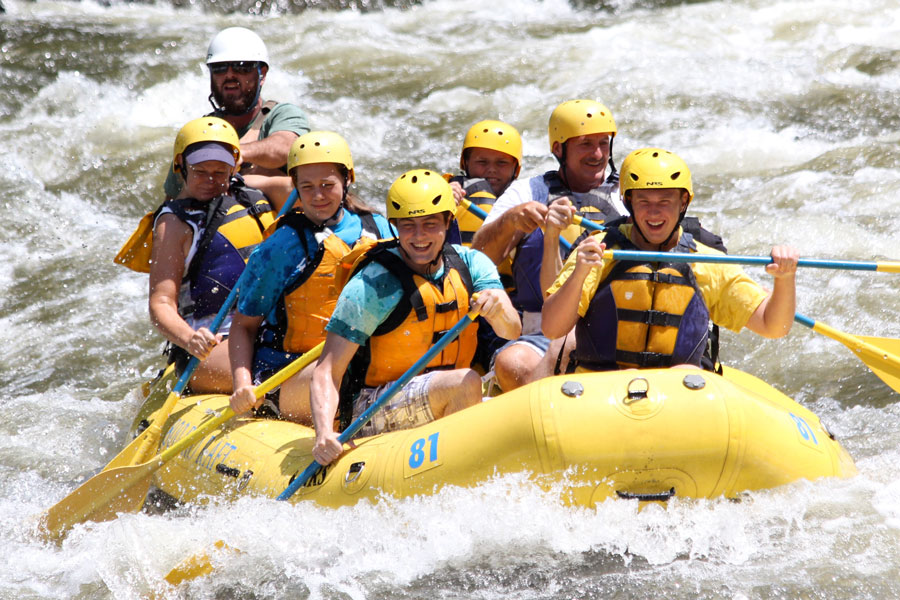Rafting on the Upper Pigeon River at Rafting in the Smokies